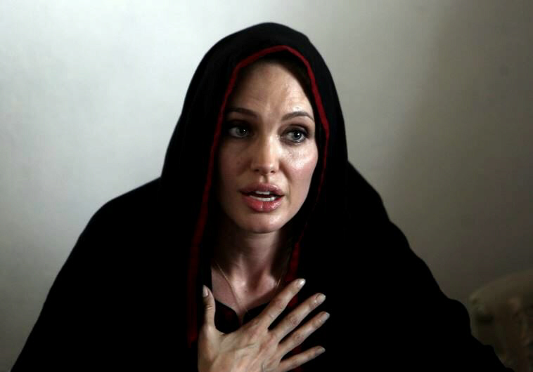 Angelina Jolie warns ISIS using rape as weapon of war on unprecedented scale