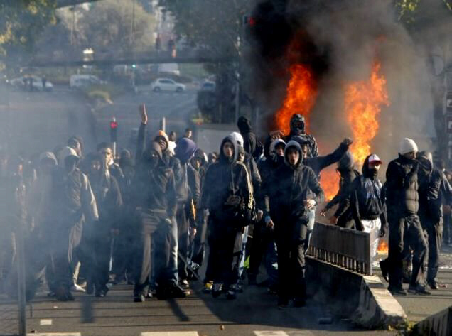 Angry youths torch cars outside Paris