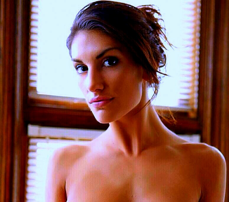 Hanged: porn actress August Ames, age 23