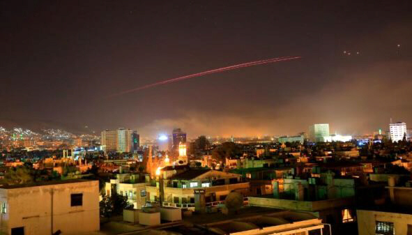 Damascus skies erupt with anti-aircraft fire