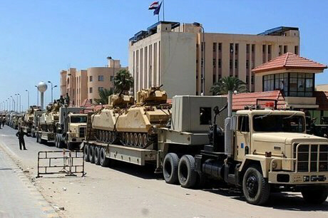 Egypt's army masses troops in Sinai
