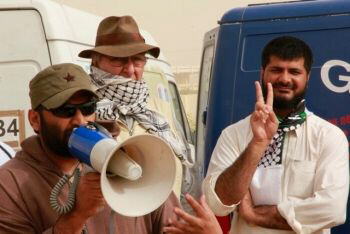 Gaza convoy stalled by captain