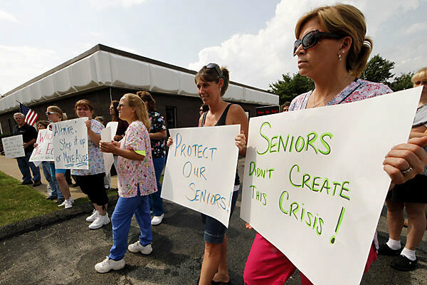Healthcare workers and retirees protest proposed cuts to Social Security in Pennsylvania