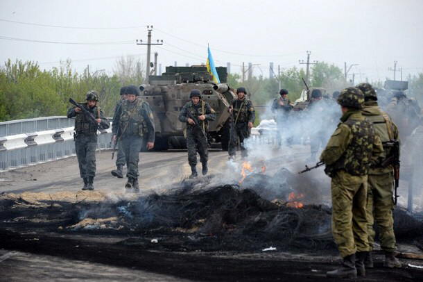 Heavy fighting continues around Slovyansk