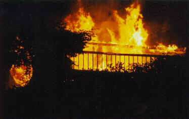 Jack Cassidy's Los Angeles apartment ablaze in 1976