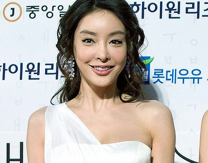 Jang Ja-Yeon hanged herself for sex
