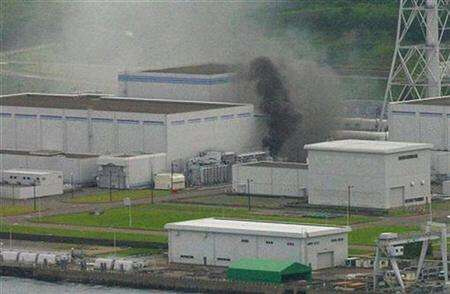 Japan shuts units at top nuclear plant after quake