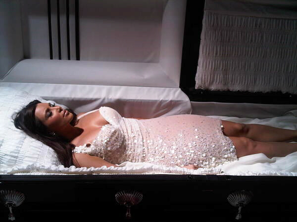 Kim Kardashian dead in coffin