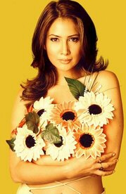 "Kim Sharma: ""Sharma"" may be bad karma for Kim since its strongest sound reflects the ""Dar"" in ""Darnell."""