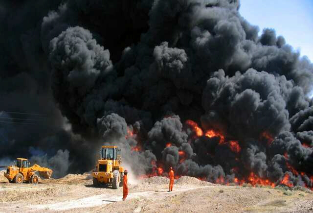 Militants attack oil refinery during protests in Iraq