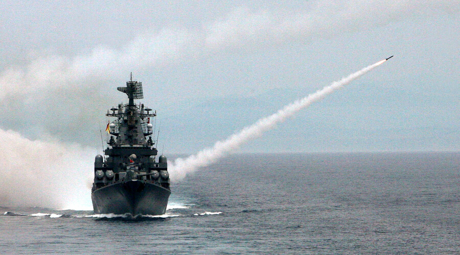 Missile cruiser 'Moscow' firing anti-aircraft missiles