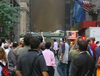 NYC steam explosion causes mass panic