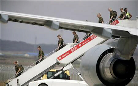 Nato peacekeepers from Germany arrive in Pristina