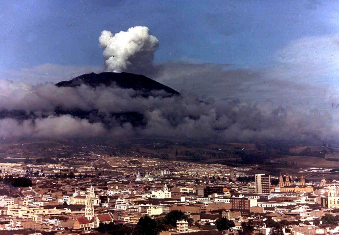 25,000 people died in November 1985 when the Nevado del Ruiz erupted in Colombia