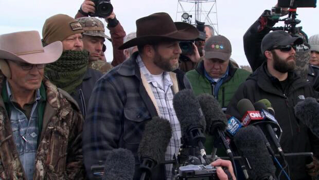 Oregon standoff at national wildlife refuge