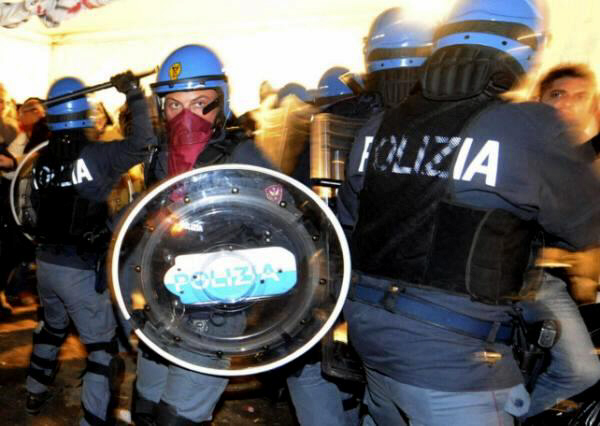 Police officers clash with demonstrators in Terzigno, Naples. The clashes highlighted the latest garbage crisis in the area around Naples, southern Italy. Premier Silvio Berlusconi discussed the situation during an emergency cabinet meeting in Rome. Photo: AP October 22 2010 at 14:16