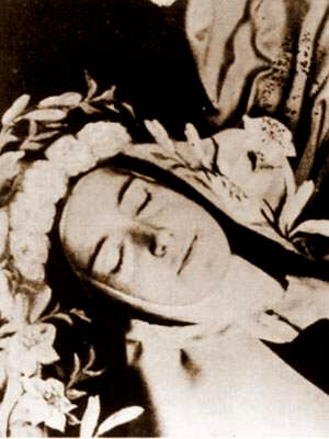 St Thérèse of Lisieux in death - infirmary