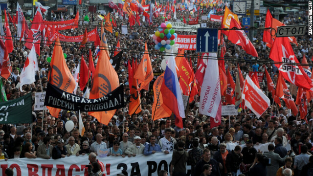 Thousands of Russians march