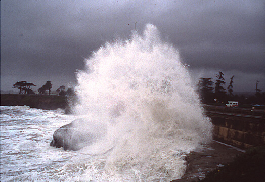 Massive tidal waves batter California coast in 1998