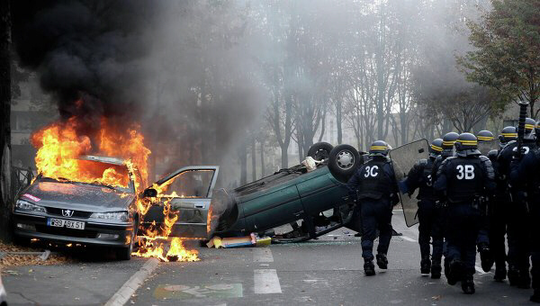 Torched cars during nationwide protests