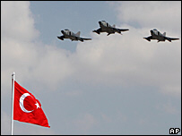Turkish jets in fresh Iraq raids