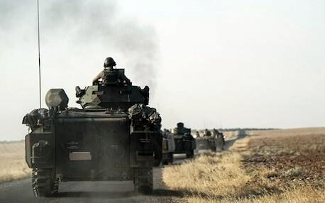 Turkish troops head to the Syrian border