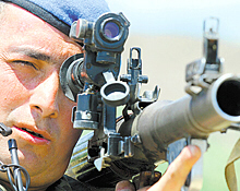 Turkish commando on Iraqi border